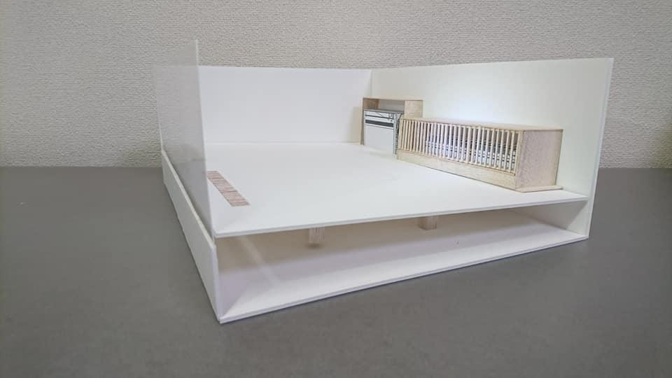 空気式床暖房の模型1